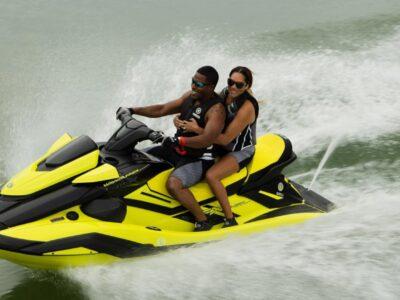 Yamaha-WaveRunner-2022-FX-HO-Cruiser-boat-shopping-1536x864